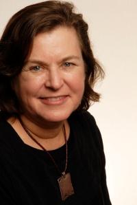 Karen Joy Fowler (c) Beth Gwinn