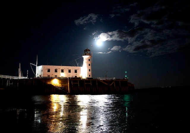 Scarborough lighthouse copyright Steve Sherwood